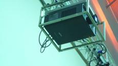 Beamer / LCD / 7000 Ansi / mit Flugrahmen