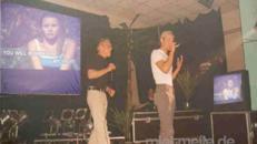 Karaoke-Anlage IV-B, Karaoke-DVD-Player, Leinwand, Tonanlage, Projektor + Funkmikros