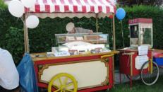Nostalgie Eiswagen, Eisstand, Eisverkauf, Eistheke