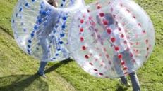 Zorbing Bälle / Air Fussball, Bubble Ball - Eignet sich  für Kinderfeste, Hochzeit, Geburtstag, Veranstaltungen, Kinder und mehr. Vermieten leicht gemacht mit Eventmonster!