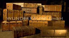 Historische Reisekoffer - WUNDERRÄUME GmbH vermietet: Dekoration/Kulisse für Event, Messe, Veranstaltung, Incentive, Mitarbeiterfest, Firmenjubiläum