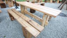 Holztisch rustikal - WUNDERRÄUME GmbH vermietet: Dekoration/Kulisse für Event, Messe, Veranstaltung, Incentive, Mitarbeiterfest, Firmenjubiläum