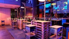 Paletten-Stehtisch - WUNDERRÄUME GmbH vermietet: Dekoration/Kulisse für Event, Messe, Veranstaltung, Incentive, Mitarbeiterfest, Firmenjubiläum