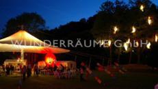Lichtkokons für Bäume, Fassaden, Säle uvm WUNDERRÄUME GmbH vermietet: Dekoration / Kulisse für Event, Messe, Veranstaltung, Incentive, Mitarbeiterfest, Firmenjubiläum