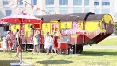 Scherenschnittkino im Zirkuswagen - WUNDERRÄUME GmbH vermietet: Dekoration/Kulisse für Event, Messe, Veranstaltung, Incentive, Mitarbeiterfest, Firmenjubiläum