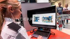 Monitorplatz-Gepäckkontrolle - WUNDERRÄUME GmbH vermietet: Dekoration/Kulisse für Event, Messe, Veranstaltung, Incentive, Mitarbeiterfest, Firmenjubiläum