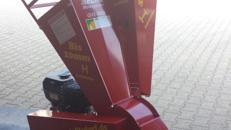 Benzinhäcksler bis 50 mm / 5 cm Aststärke für Garten, Acker, Heckenschnitt, Baumschnitt
