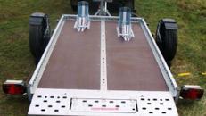 Absenkbarer 2er Motorradanhänger 1300 kg - 2510 x 1690 mm - 100 km/h - ausreichend Zurrpunkte vorhanden
