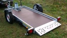 Absenkbarer 1er Motorradanhänger 1000 kg - 2510 x 1280 mm - 100 km/h - ausreichend Zurrpunkte vorhanden