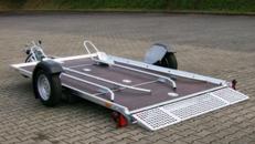 Absenkbare 2er Motorradanhaenger 1400 kg gebremst / mit Stossdaempfern 100 km/h
