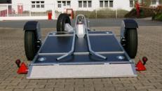 Absenkbare 1er Motorradanhaenger 750 kg gebremst / mit Stossdaempfern 100 km/h