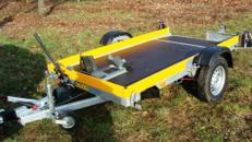 1er Motorradanhänger absenkbar 1000 kg gebremst / 100 km/h - Ladefläche L x B mm 2500 x 1270 - Nutzlast ca. 750 kg