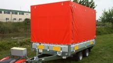 DumDum Hochlader geschlossener Plananhänger - 2000 kg gebremst / 100 km/h