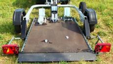 Texas absenkbarer  Motorradanhänger 750 kg ungebremst geeignet für FSK B
