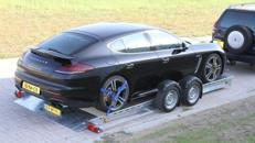 TORONTO absenkbarer Autotransporter luftgefedert absenkbar, Funkfernbedienung 3500 kg gebremst mit Stoßdämpfern 100 km/h Autotransportanhänger absenkbar