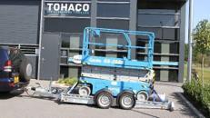 Bulldozzer Luftgefederter absenkbarer Maschinentransporter 3.500 kg gebremst doppelachser Baggeranhänger Maschinenanhänger