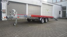 Universal Transport Anhänger mit Auffahrrampen 2600 KG  PKW Anhänger/Anhängerverleih/Anhängervermietung