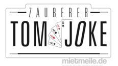 Verblüffend, charmant & frech: Buchen Sie den Comedy - Zauberer Tom Joke - Zauberkünstler - Messe - Event - Hochzeit