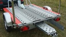 Motorradanhänger 850 kg gebremsten  1 bis 2 Motorräder mit 100 km/h