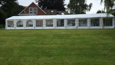 Zelt Festzelt Partyzelt Zeltverleih und Vermietung Eventausstattung in S-H
