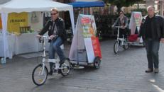 Fahrradanhänger mit Werbung für Promotionaktionen