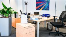 ALL-INCL.-MIETE: Teilsanierte Büros mit Teeküche inkl. Kaffee- und Teeflatrate in München