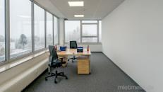 Renovierte Büros in schöner Arbeitsumgebung mit vielen Grünflächen in Markgröningen