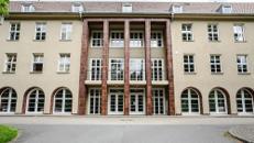 Großzügige, sanierte Büroflächen mit Teeküche in Dresden – Sicherheitsdienst und Kantine vor Ort