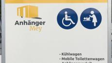 Toilettenwagen Barrierefrei mit Wickeltisch Rollstuhlgerecht Rollatorgerecht Behindertengerecht