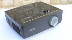 Beamer Projektor Acer P7215 mit 6000 ANSI Lumen