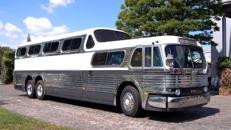 """""""Scenicruiser"""" historischer Greyhound Bus von 1956 mit Luxus Ausstattung"""