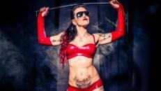 SEXY DOMINA Stripperin nimmt den Junggesellen / Geburtstagskind richtig ran