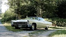 Cadillac de Ville Cabrio 1967 Weiß Hochzeitsauto Oldtimer