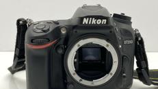 Nikon D7200 Kamera mit Sigma 18-200mm 3.5-5.6 Objektiv