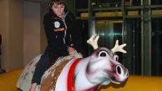 Rentierrodeo - Bullriding zu Weihnachten