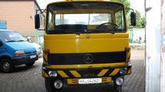 DB 813 Abschleppwagen mit Schiebeplateau und Brill