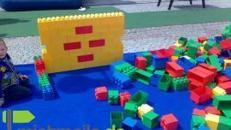XXL-Lego-Bausteine 2m³