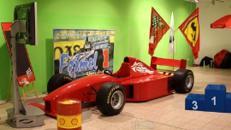 F1 Rennsimulator inkl. 1 Eventbetreuer (6 Std.)