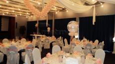Hochzeitsdekoration, Stuhlhussen, Tischdekoration