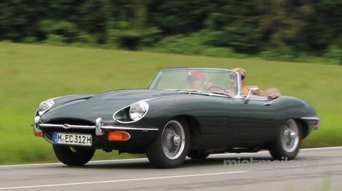 Oldtimer/Jaguar/E-Type/Klassiker/Sportwagen/Cabrio