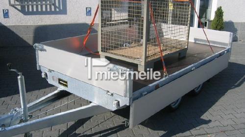 Offener Pritschenanhänger mit Bordwänden 3.25m