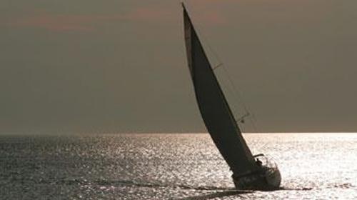 Yachtcharter & Mitsegeln / Kojencharter weltweit - www.syg.de