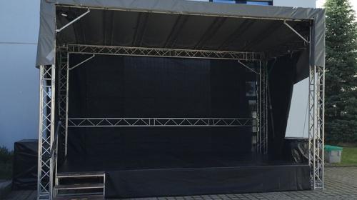 Mobile Bühne und Bühnentechnik, Veranstaltungsbühne, Bühnendach, Satteldachbühne 6,00 x 4,00 m