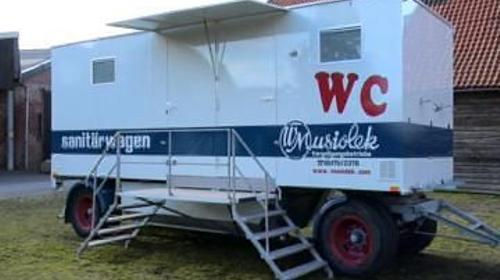 Toilettenwagen mit Abwassertank