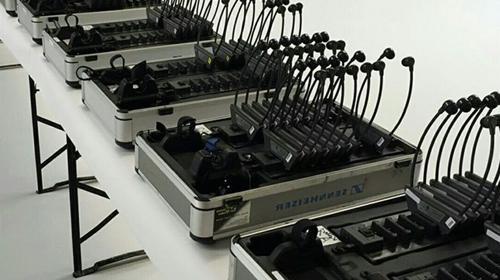 Personenführungsanlage Flüster-Dolmetscheranlage mit 20 Kopfhören, Simultan Dolmetschertechnik Komplettset