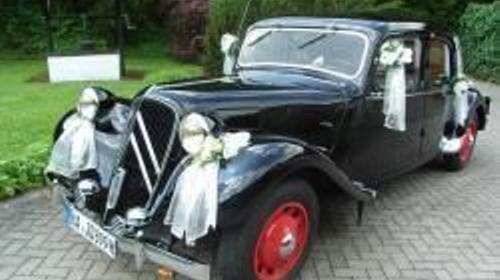 Oldtimer für Hochzeit, Hochzeitsfahrt, Brautauto