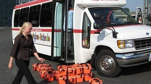 US-Bus mit 17 Sitzen in U-Form (NRW)