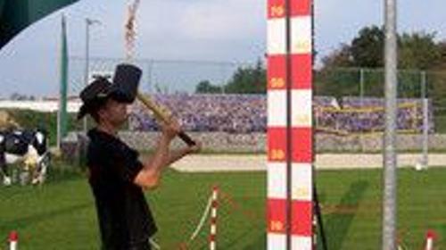 Hau den Lukas – Darf auf keiner Veranstaltung fehlen Höhe 4, 30 Meter