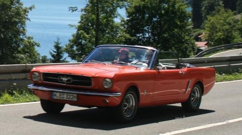 Oldtimer / Ford / Mustang V8 / Sportwagen / Auto / Cabrio