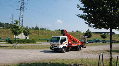 Miet Arbeitsbühne 27 Meter Steiger TB 270